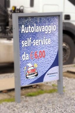 Cartello autolavaggio self service Benemerita Energia