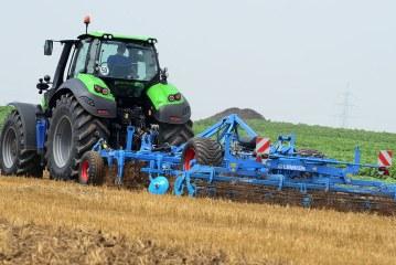 Travail du sol : Le déchaumage, une opération pour gérer l'interculture
