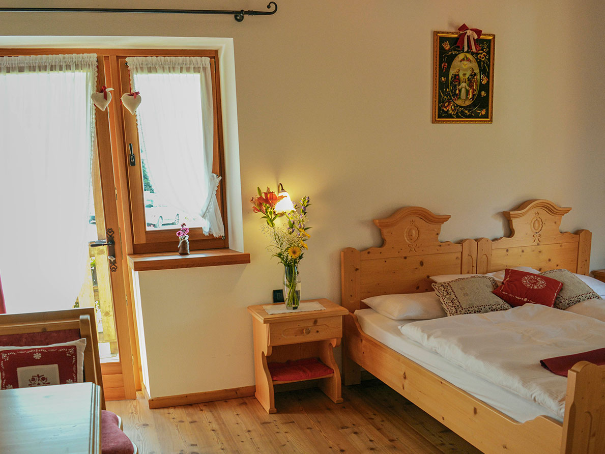 "The rooms ""Genziana"" and ""Negritella from the Agritur Dalaip dei Pape"