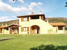 Agriturismo Tuscany Farmhouse and agritourism in Toscana