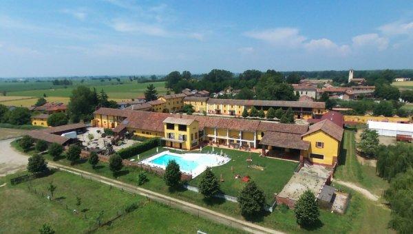 Agriturismo Cascina Corte Grande a Semiana Pavia Lombardia