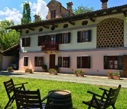 Agriturismo Piedmont Farmhouse and agritourism in Piemonte!