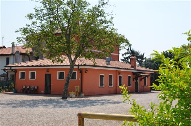 Casa Rossa Verona