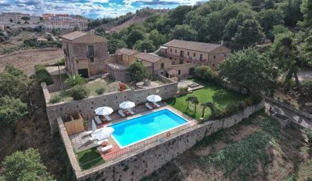 Farmhouses villas and farm holidays in Nicosia Enna Sicily