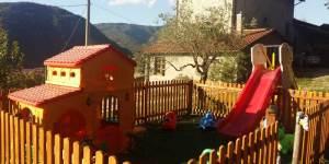 agriturismo-il-Macereto-zona-giochi-foto