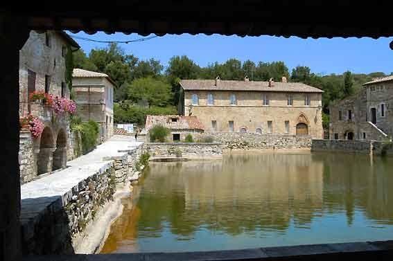 La Casaccina  Agriturismo Terme Siena  vicino a San Casciano dei Bagni Bagni San Filippo