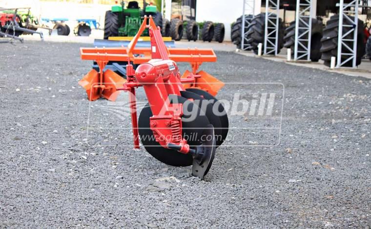Arado Fixo 03 Discos – Massey Ferguson > Usado - Arado - Massey Ferguson - Agrobill - Tratores, Implementos Agrícolas, Pneus