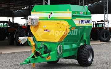 Vagão Misturador JF Mix 4000 / com Balança / sem Desensilador > Novo - Vagão Misturador - JF - Agrobill - Tratores, Implementos Agrícolas, Pneus