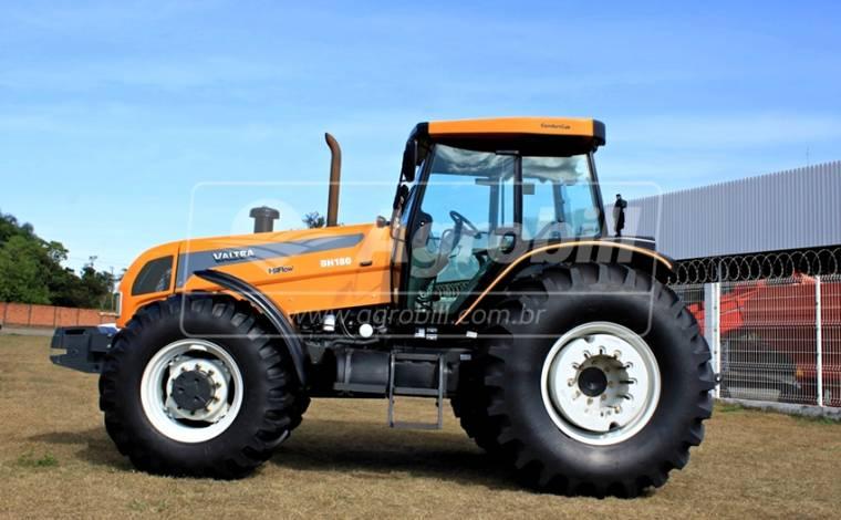 Trator Valtra BH 180 4×4 Ano 2017 com 475 horas Semi novo - Tratores - Valtra - Agrobill - Tratores, Implementos Agrícolas, Pneus