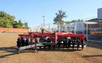 Grade Aradora Intermediária CRI 30 x 28″ – Baldan > Nova - Grades Aradoras - Baldan - Agrobill - Tratores, Implementos Agrícolas, Pneus