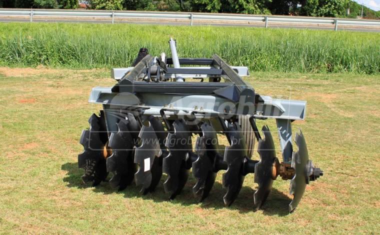 Grade Aradora Controle Remoto CRSG 16 x 28″ – Baldan > Nova - Grades Aradoras - Baldan - Agrobill - Tratores, Implementos Agrícolas, Pneus