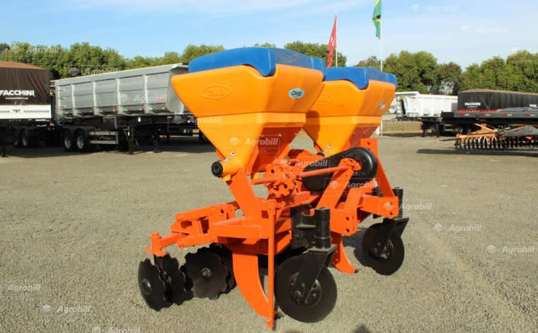 Cultivador Adubador de Cana 2 Linhas/ DMB – Usado - Cultivadores - DMB - Agrobill - Tratores, Implementos Agrícolas, Pneus