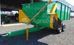 Vagão Forrageiro JF 9000 > Novo - Vagão Forrageiro - JF - Agrobill - Tratores, Implementos Agrícolas, Pneus