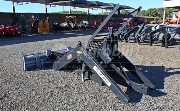 Conjunto de Lâmina PDM / BT para Tratores Massey Ferguson  660 / 680 4×4 – Baldan > Novo - Conjunto para Massey Ferguson - Baldan - Agrobill - Tratores, Implementos Agrícolas, Pneus