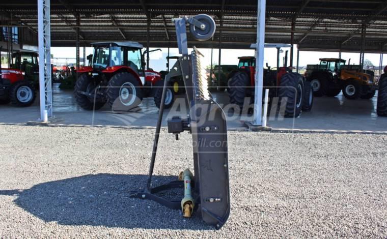 Roçadeira Roal 1500 / com Roda Guia – Almeida > Nova - Roçadeira - Almeida - Agrobill - Tratores, Implementos Agrícolas, Pneus