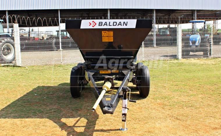 Distribuidor de Calcário, Fertilizantes e Compostos Orgânicos DCF-CO 6000 – Baldan > Novo - Distribuidor de Calcário - Baldan - Agrobill - Tratores, Implementos Agrícolas, Pneus