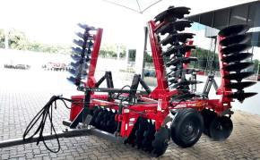 Grade Niveladora Controle Remoto Articulada NVAP 56 x 22″x 3.5 x 175mm – Baldan > Nova - Grade Niveladora - Baldan - Agrobill - Tratores, Implementos Agrícolas, Pneus