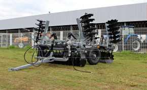 Grade Niveladora Controle Remoto Articulada NVAP 48 x 22″ x 3,5 x 175 mm – Baldan > Nova - Grades Niveladoras - Baldan - Agrobill - Tratores, Implementos Agrícolas, Pneus