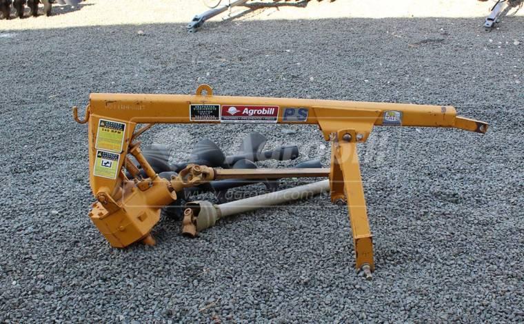 Perfurador de Solo PS com Broca de 9″ e 12″ – Tatu > Usado - Perfurador de Solo - Tatu Marchesan - Agrobill - Tratores, Implementos Agrícolas, Pneus