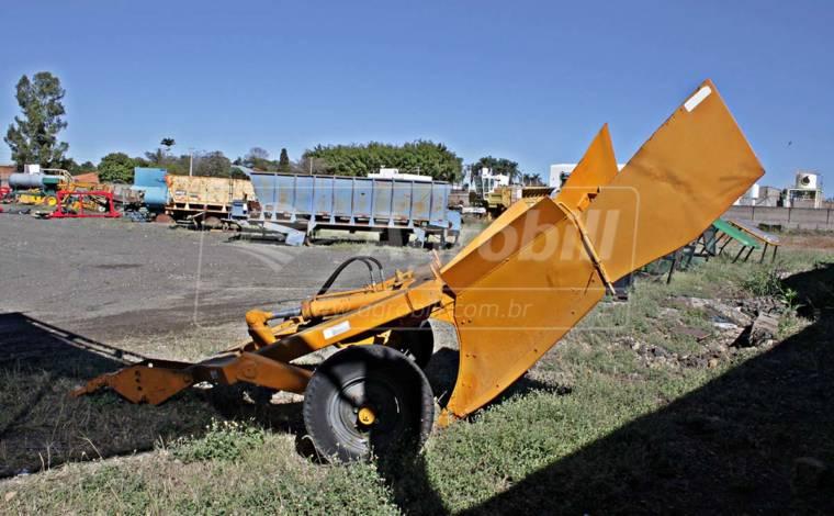 Sulcador de Cana 1 Linha / Pesado > Usado - Sulcador - Personalizado - Agrobill - Tratores, Implementos Agrícolas, Pneus
