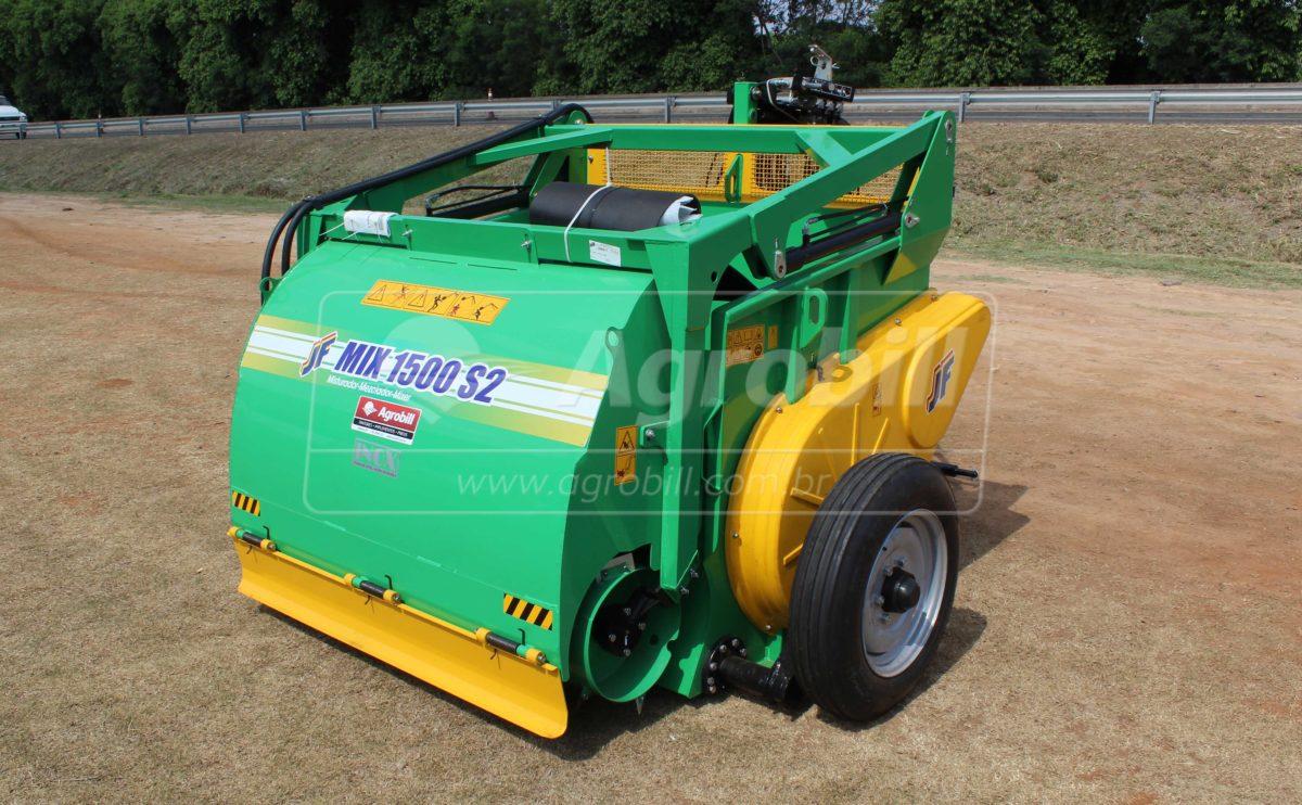 Vagão Misturador JF Mix 1500 S2 / com Rodas > Novo - Vagão Misturador - JF - Agrobill - Tratores, Implementos Agrícolas, Pneus