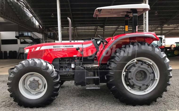 Trator Massey 4292 HD 4×4 ano 2016 com 946 Horas semi novo - Tratores - Massey Ferguson - Agrobill - Tratores, Implementos Agrícolas, Pneus