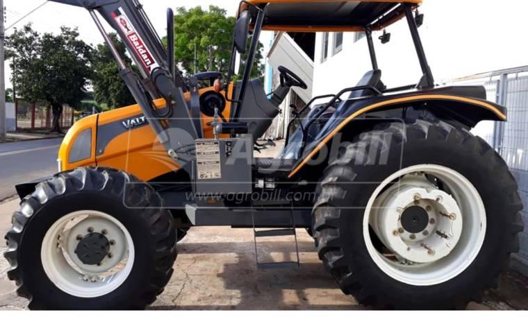Trator Valtra BM 100 4×4 ano 2014 com 2657 horas com Conjunto de Lâmina e Concha - Tratores - Valtra - Agrobill - Tratores, Implementos Agrícolas, Pneus