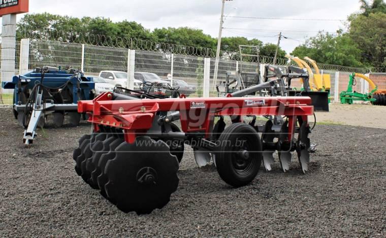 Grade Aradora Controle Remoto / CRSG 14 x28″ – Baldan > Usada - Grades Aradoras - Baldan - Agrobill - Tratores, Implementos Agrícolas, Pneus