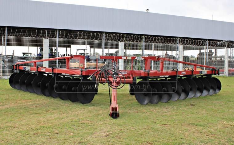 Terraceador Agrícola de Arrasto TSTA 20 Discos – Tatu > Usado. - Terraceador - Tatu Marchesan - Agrobill - Tratores, Implementos Agrícolas, Pneus