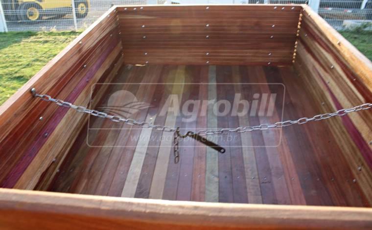 Carreta de Madeira 2 Toneladas Rodado simples / sem Freio / Sem Pneus – Agrobill > Novo - Carreta Agrícola de Madeira - Agro Stadler - Agrobill - Tratores, Implementos Agrícolas, Pneus