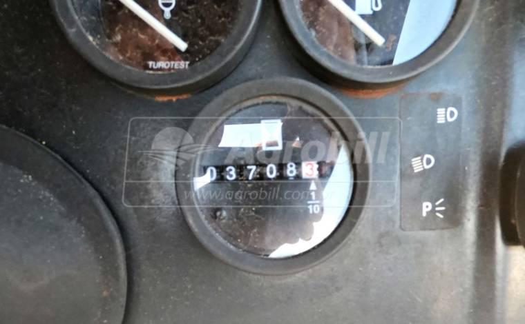Trator Valtra 785 4×4 ano 2009 com Redutor de velocidade (creeper) - Tratores - Valtra - Agrobill - Tratores, Implementos Agrícolas, Pneus