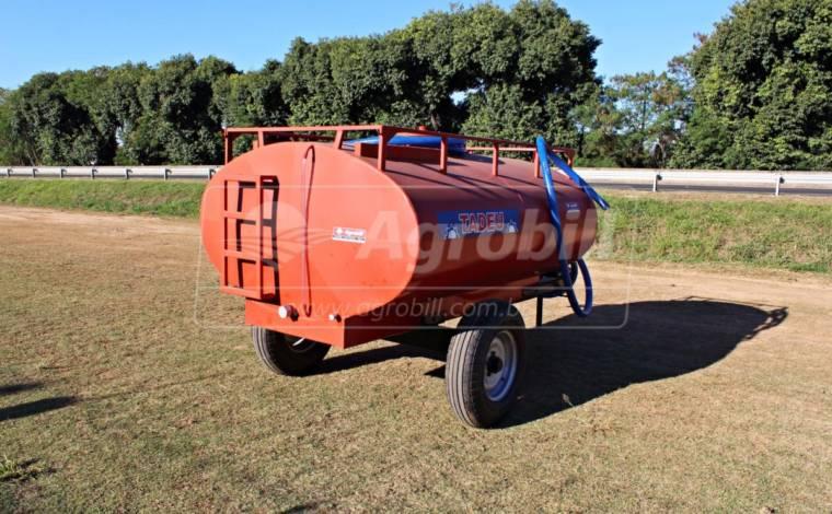 Tanque de Água 3.000 Litros / Rodado Simples / sem Pneus / Com Bomba de Água Andrade – Tadeu > Novo - Tanque de Água - Tadeu - Agrobill - Tratores, Implementos Agrícolas, Pneus