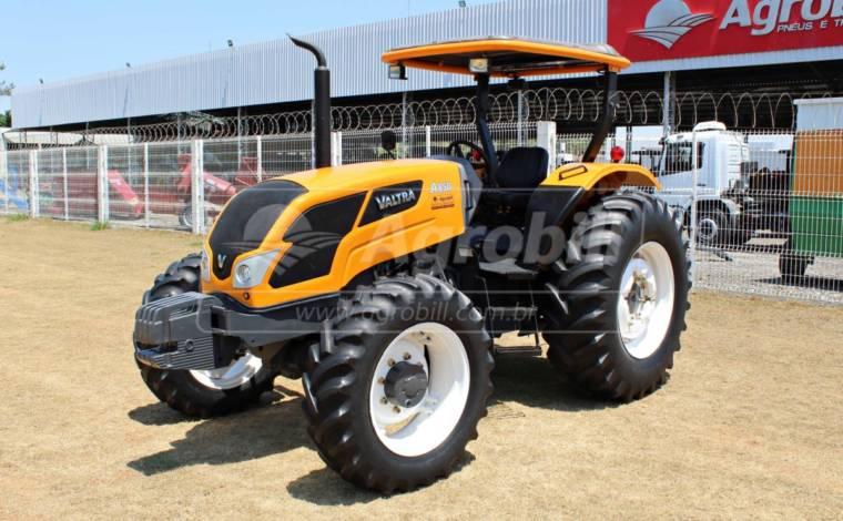Trator Valtra A 850 4×4 ano 2014 com redutor de velocidade (creeper) - Tratores - Valtra - Agrobill - Tratores, Implementos Agrícolas, Pneus