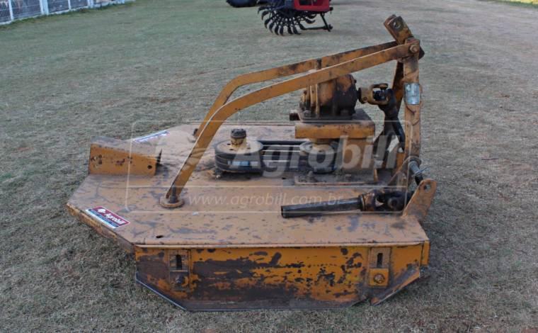 Roçadeira Hidráulica RC² 1300 / Correia – Tatu > Usada - Roçadeira - Tatu Marchesan - Agrobill - Tratores, Implementos Agrícolas, Pneus