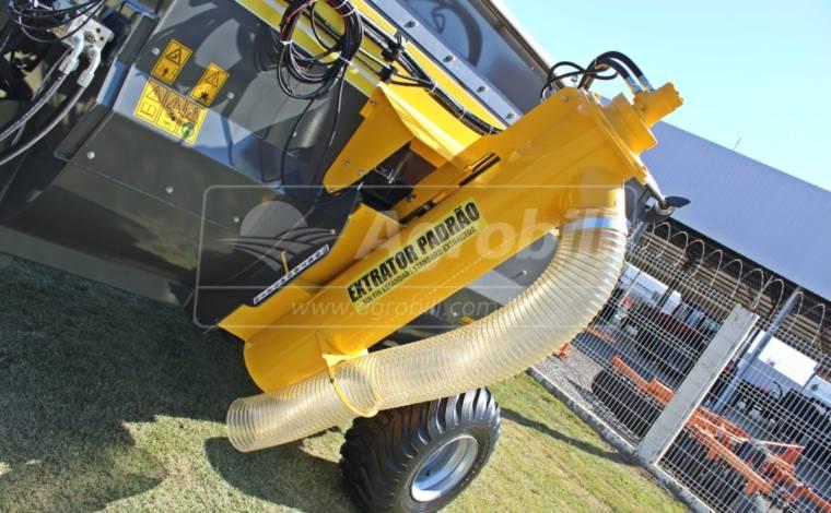 Vagão Misturador de Sal Concertado JF Mix 6000 CS INOX com Balança > Novo - Vagão Misturador - JF - Agrobill - Tratores, Implementos Agrícolas, Pneus