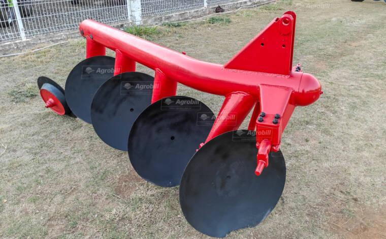 Arado Fixo 4 Discos – Massey Ferguson > Usado - Arado de Discos e Aivecas - Massey Ferguson - Agrobill - Tratores, Implementos Agrícolas, Pneus
