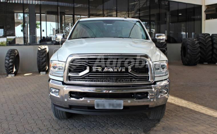Dodge Ram / Único Dono / 4X4 / 20 mil Km / ano 2018 > Usada - Caminhões - Volkswagem - Agrobill - Tratores, Implementos Agrícolas, Pneus