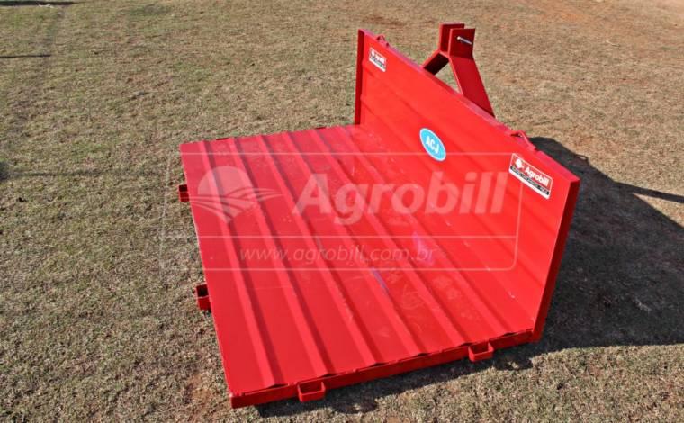 Plataforma Traseira Metalica 1,75 x 1,00 m – ACJ > Nova - Plataforma Traseira - ACJ - Agrobill - Tratores, Implementos Agrícolas, Pneus