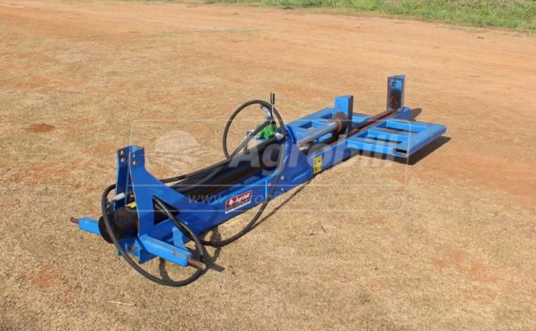 Rachador / Lascador de lenha hidráulico para trator > Usado - Rachador de Lenha - Personalizado - Agrobill - Tratores, Implementos Agrícolas, Pneus