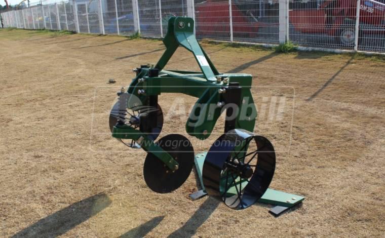 Afofador de Mandioca – Planti center > Novo -  - Planti Center - Agrobill - Tratores, Implementos Agrícolas, Pneus