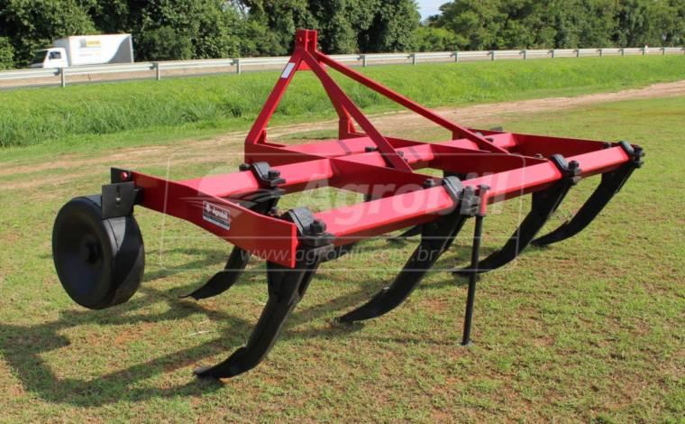 Subsolador Hidráulico 7 Hastes / Com Roda de Ferro – Jan > Usado - Subsolador - Jan - Agrobill - Tratores, Implementos Agrícolas, Pneus