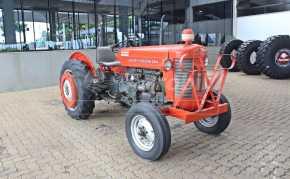Trator Massey 50X 4×2 ano 1976 com pintura orignal - Tratores - Massey Ferguson - Agrobill - Tratores, Implementos Agrícolas, Pneus