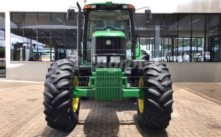 Trator John Deere 6145 J 4×4 ano 2016 em ótimo estado - Tratores - John Deere - Agrobill - Tratores, Implementos Agrícolas, Pneus