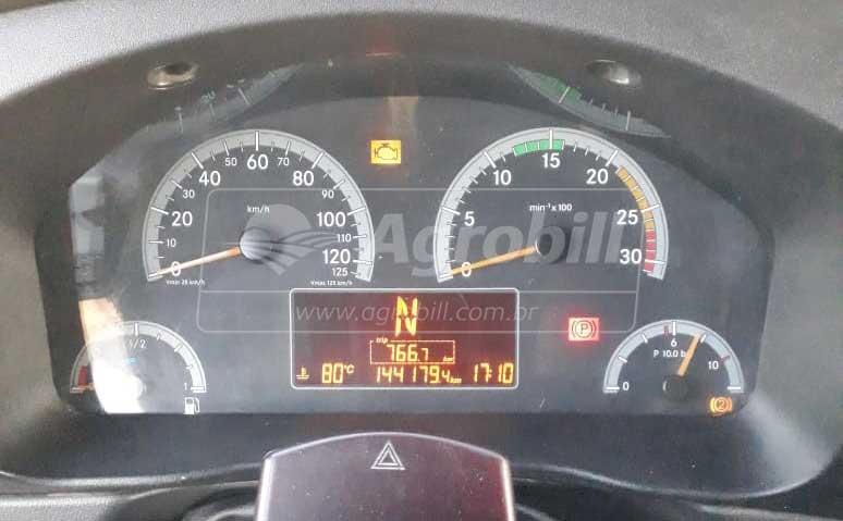 Caminhão Mercedes-Benz Accelo 1016 4×2 ano 2013 > Usado - Caminhões - Mercedes-Benz - Agrobill - Tratores, Implementos Agrícolas, Pneus