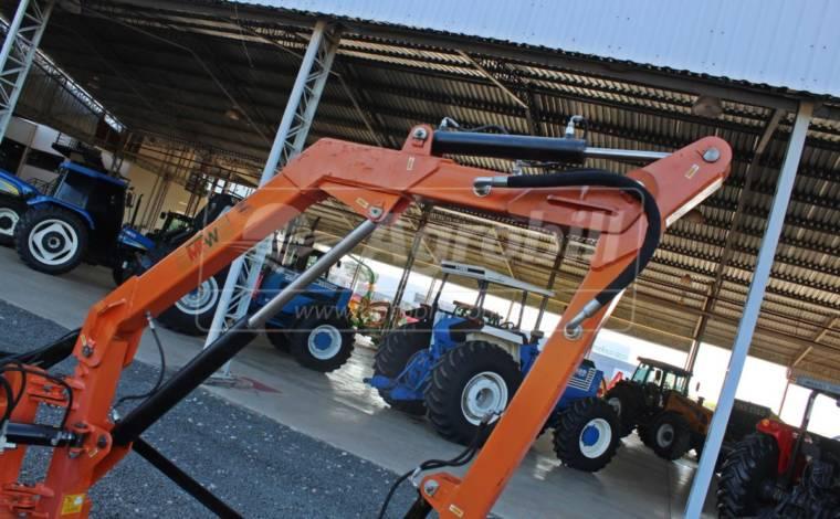 Roçadeira Articulada Harpia 515 – MFW > Usada - Roçadeira - MFW/Osório - Agrobill - Tratores, Implementos Agrícolas, Pneus