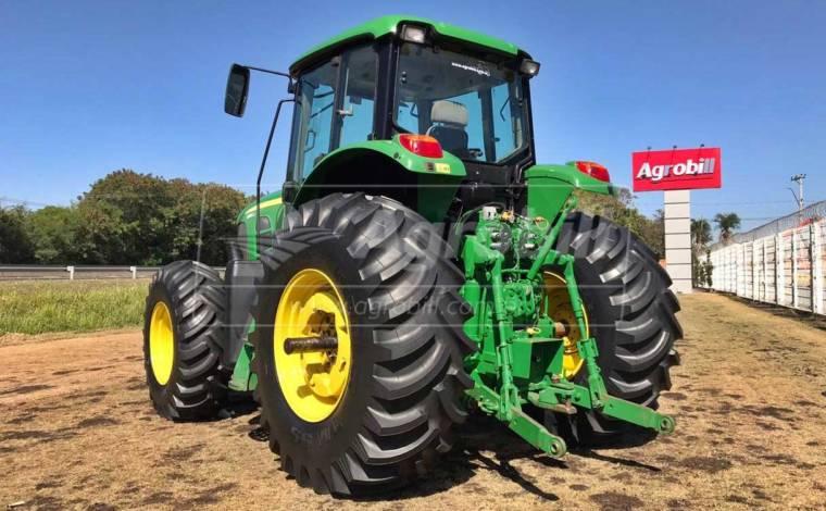 John Deere 6180 J 4×4 ano 2015 com 4015 horas - Tratores - John Deere - Agrobill - Tratores, Implementos Agrícolas, Pneus