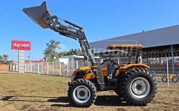 Trator Valtra A 750 4×4 ano 2018 com apenas 9 horas + Conjunto de Concha Novo. - Tratores - Valtra - Agrobill - Tratores, Implementos Agrícolas, Pneus