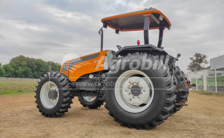Trator Valtra A 750 4×4 ano 2010 - Tratores - Valtra - Agrobill - Tratores, Implementos Agrícolas, Pneus