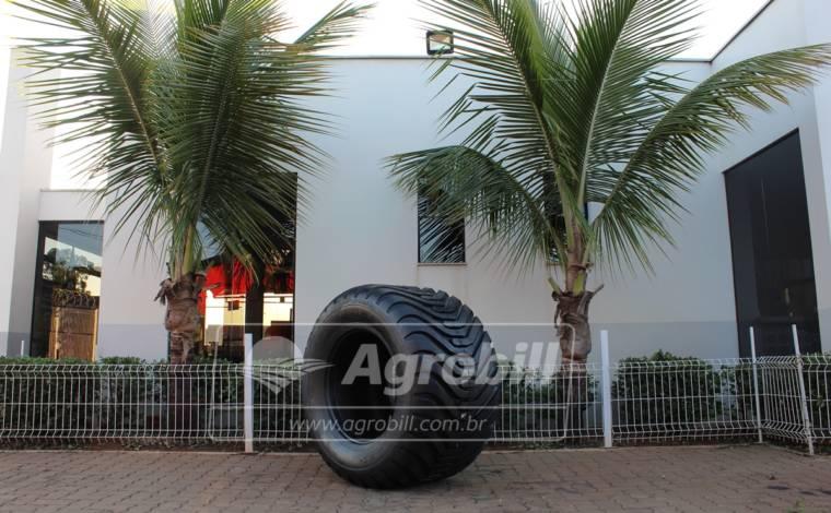 Pneu 600/55×26.5 / 16 Lonas – Ceat > Novo - 600/55Rx26.5 - Ceat - Agrobill - Tratores, Implementos Agrícolas, Pneus