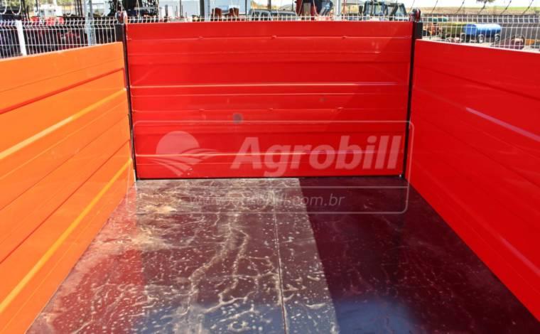 Carreta Agrícola Forrageira 5 toneladas Basculante / Rodado Duplo / Sem Pneus – Facchini > Nova - Carreta Agrícola Metálica - Facchini - Agrobill - Tratores, Implementos Agrícolas, Pneus